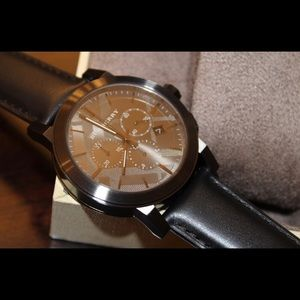 Burberry Accessories - Burberry Leather Strap Watch